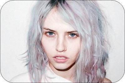 Kelly Osbourne o Katy Perry se han teñido el pelo de estos colores