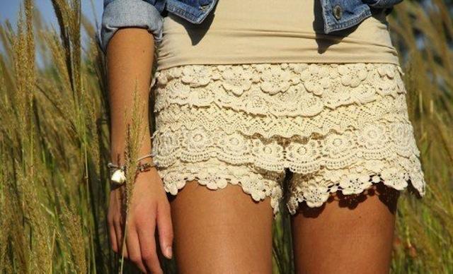Puedes encontrarlos en varios tonos. Los mas fashion son el crema, el