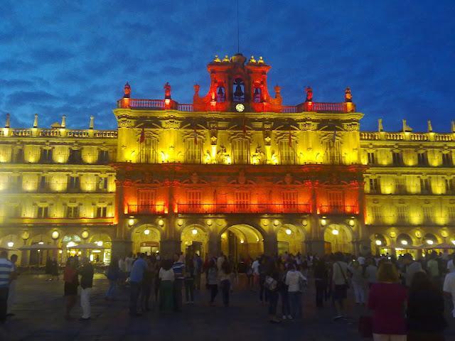 Iluminación de la bandera española/スペイン代表ライトアップ