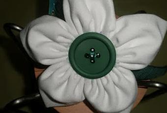 Como hacer una flor de tela para un broche o como - Como mantener la casa limpia y perfumada ...