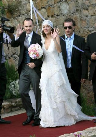 Andrés Iniesta se casó con Anna Ortiz . El vestido de la novia