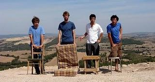 La Gent Normal (Common People) - Manel