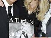 marca Guess cumple años celebra Claudia Schiffer
