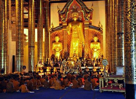 Wat Chedi Luang Hall Wat Chedi Luang