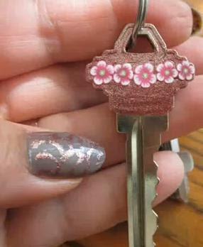 Como decorar las llaves para distinguirlas unas de otras - Como decorar unas ...