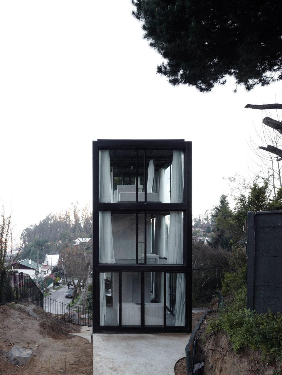 ARCO HOUSE