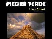 Historia ficción corazón piedra verde Lara Altieri