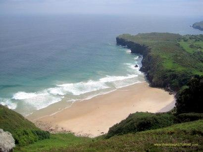 Playa de Andrin en Llanes: Vistas bajamar