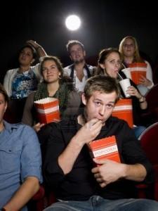 Viendo y memorizando una película