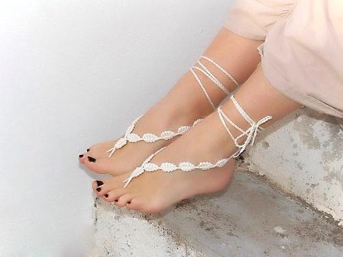 Uñas de los pies decorados con forma de mariquitas