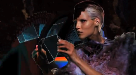 Alexander McQueen, Otoño 2012. Un extraño vídeo publicitario donde la ropa no aparece