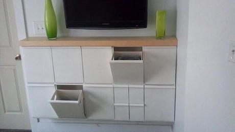 Ikea hack: Recibidor con contenerdores de reciclaje Retur
