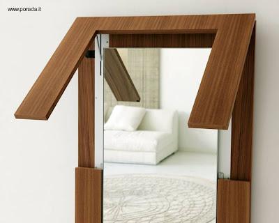 Mesa de madera plegable es espejo de pared.   paperblog