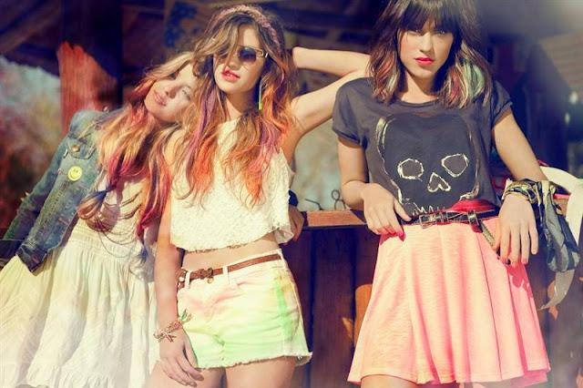 5209c358141f4 47 Street es una marca argentina de moda e indumentaria femenina y  accesorios de moda que diseña y produce ropa para jóvenes y adolescentes.