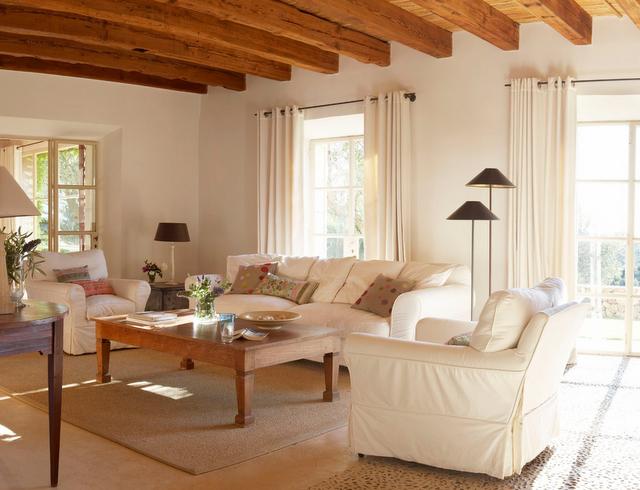 Salones veraniegos remansos de paz y tranquilidad for Salones modernos blancos