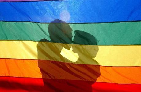 El multimillonario Jon Stryker dona $325.000 a campañas a favor del matrimonio igualitario