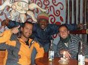 Cusco (Perú) comer insectos tomar cerveza