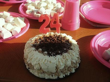 Happy Birthday to me!! =)