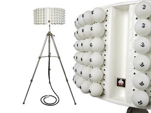 lampara de pie pingballs Lámparas de Diseño Recicladas