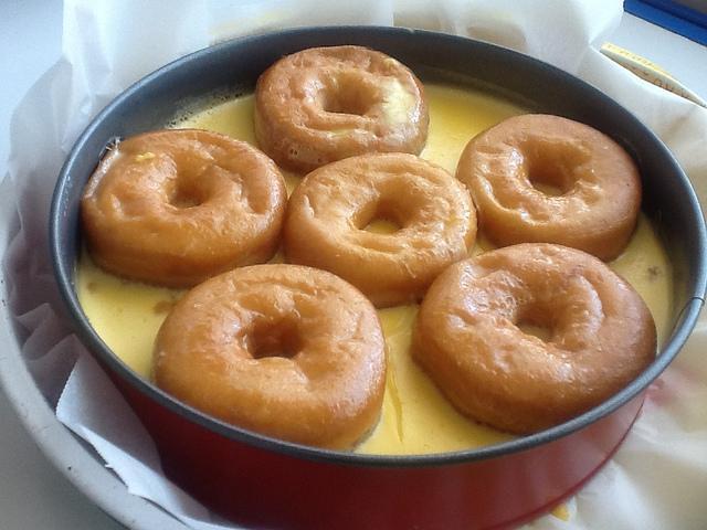 Tarta rellena de Donuts