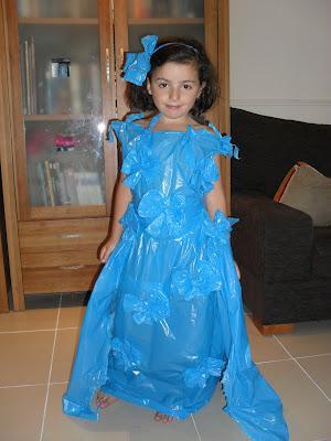Hacemos un  original y barato disfraz de princesa como bolsas de basura