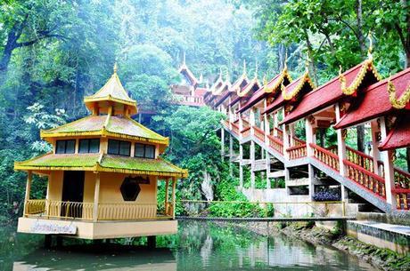 Tham Tap Tao La cara menos conocida del Norte de Tailandia: Wat Tathon, Doi Ang Khang y Tham Tap Tao
