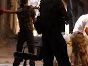 Impacto directo carro combate sobre rebeldes sirios. Espeluznantes fotografías.