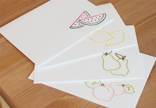 decorar tarjetas con bordados