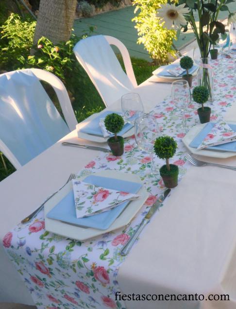 Mesa de comuni n o bautizo en rosa y celeste paperblog - Caminos de mesa de papel ...