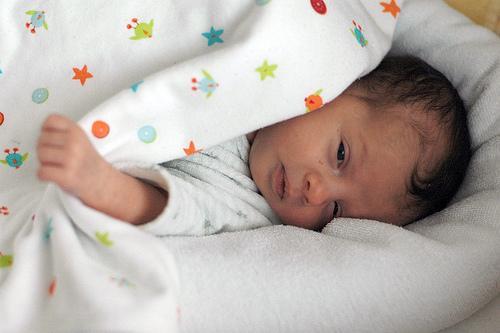 Aseguran que dejar llorar al beb para que se calme solo no le hace da o paperblog - Nino 6 anos se hace pis ...