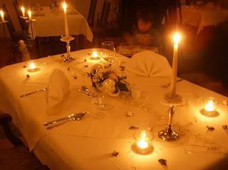 Como tener una cena rom ntica perfecta paperblog for Preparar cita romantica