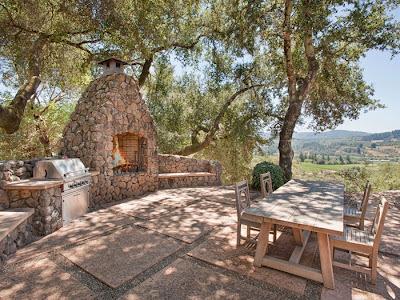 Patios exteriores rusticos mobiliario y jardin paperblog for Decoraciones rusticas para patios