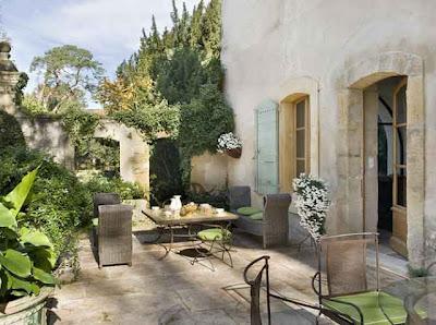 patios exteriores rusticos mobiliario y jardin paperblog