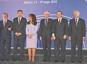 Ineptos payasos invaden devalúan cumbre Europa-Latinoamérica-Caribe
