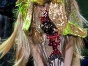 Lady Gaga causa sensación París.Lady Performs Palais Omnisports Bercy Paris