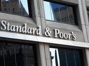 Standard Poor's deja España borde bono basura