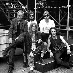 Discos: Trampin´(Patti Smith, 2004)
