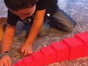 Jugando aprendiendo torre rosa