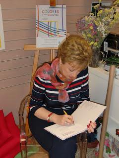 Mª Rosa Serdio, maestra y poeta, responde con generosidad...
