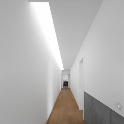 Pasillos modernos en casas minimalistas paperblog for Decoracion de pasillos modernos