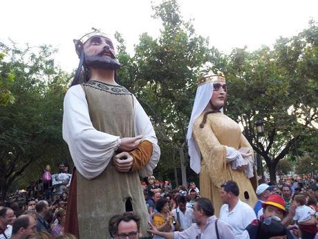 LOS GIGANTES Y CABEZUDOS EN LAS FIESTAS DEL PILAR DE ZARAGOZA