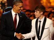 Barack Obama también venció Justin Bieber…