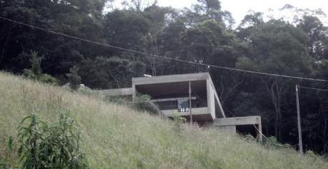 Casa San Antonio / Herenu + Ferroni Arquitectos