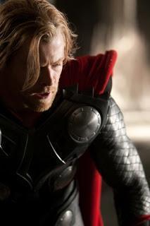 Thor, tráilers, pósters y otras cosas (y II)