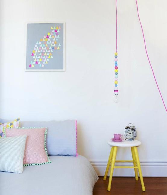 Elementos De Diseño: Lámpara Al Desnudo