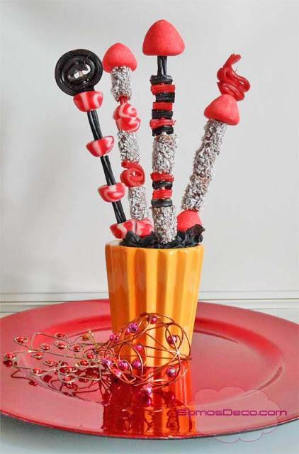 Brochetas de chuches para decorar en navidad paperblog - Arboles de navidad de chuches ...