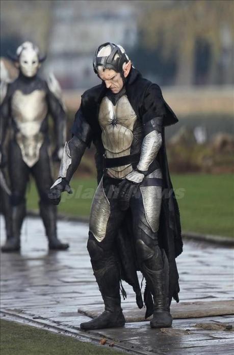 Imágenes y posters de Oz, Thor 2, Mortal Instruments, Movie 43 y más