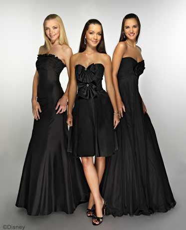 Fotos de vestidos para damas de honor paperblog for Black wedding dresses online