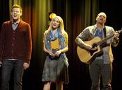 Dianna Agron cantando 'Glee'