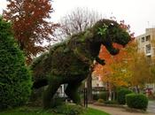 Topiaria dinosauriana Gagny